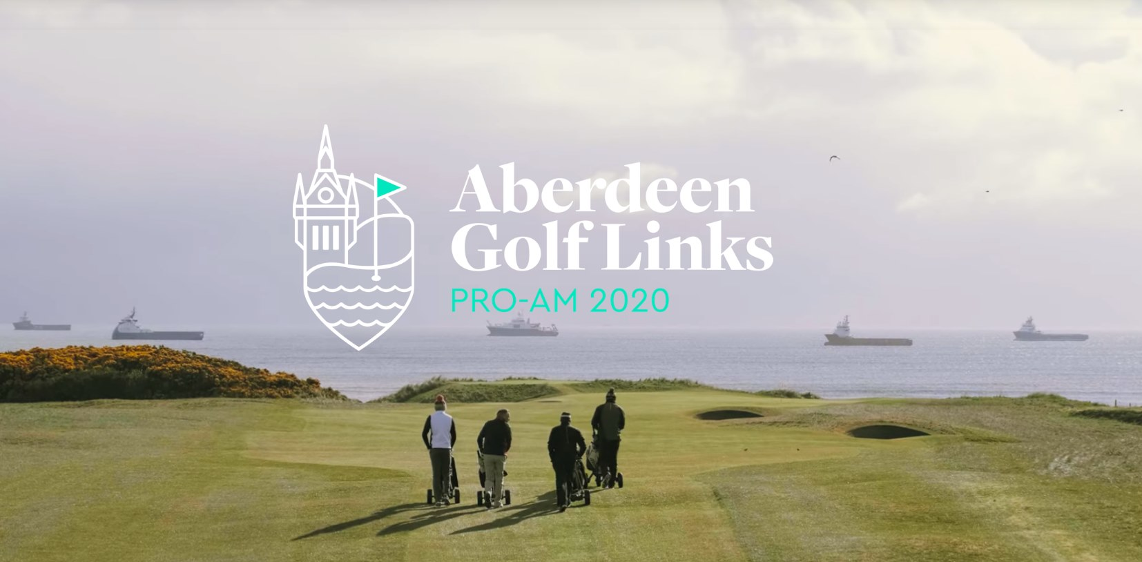 Golfers waiting to play on the Aberdeen Links Course