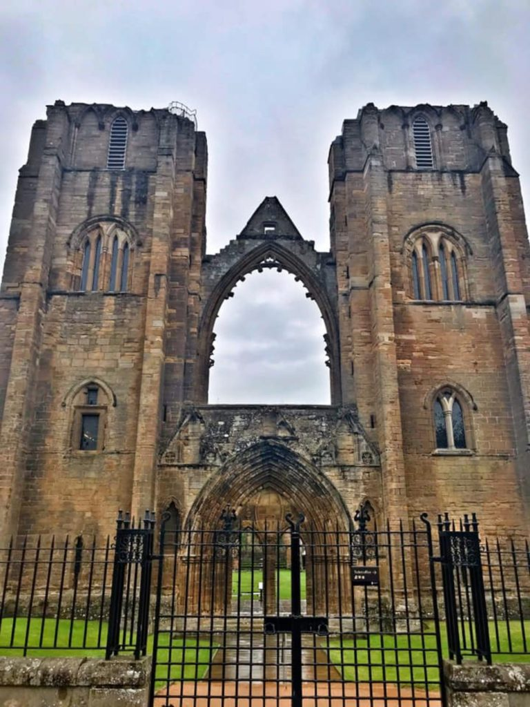 Elgin cathedral tour itinerary